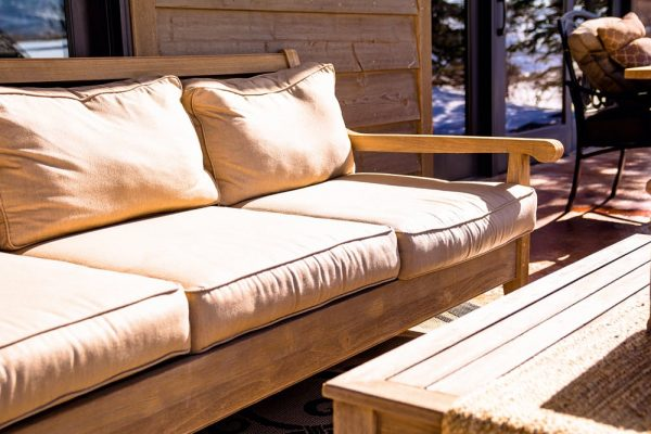 Why Teak Outdoor Furniture is Worth The Hassle